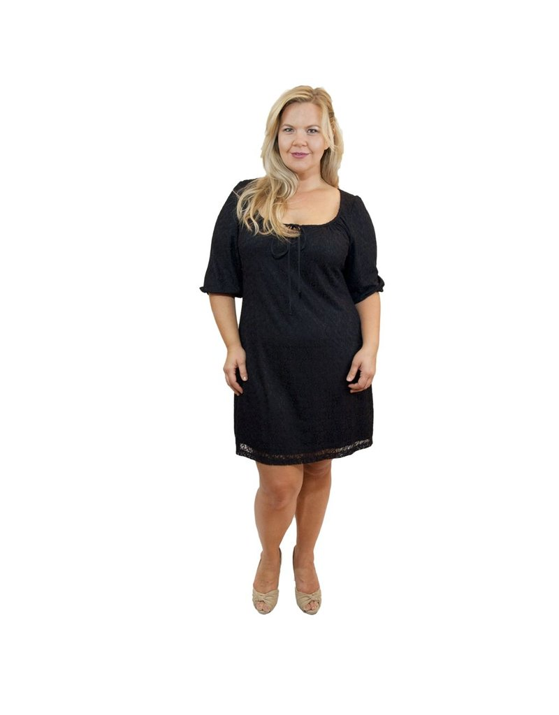 Lee Lee's Valise Brianna Lace Dress in Black