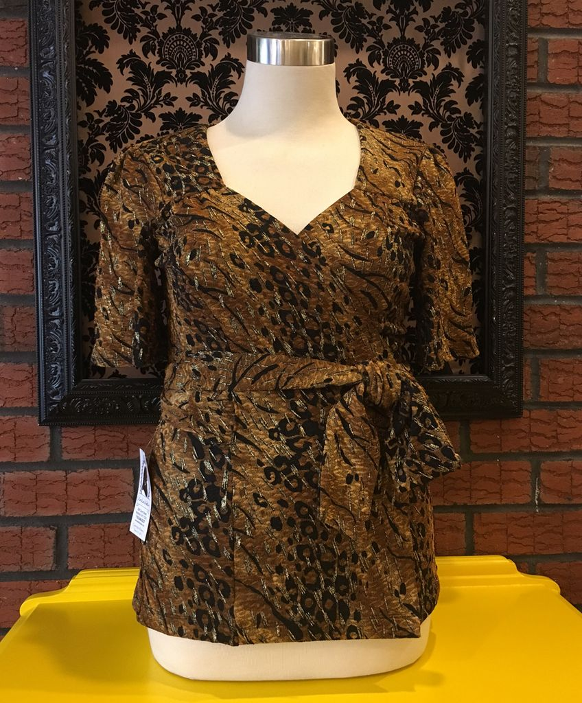 Lee Lee's Valise Carol Wrap Top Regular Length in Gold Texture