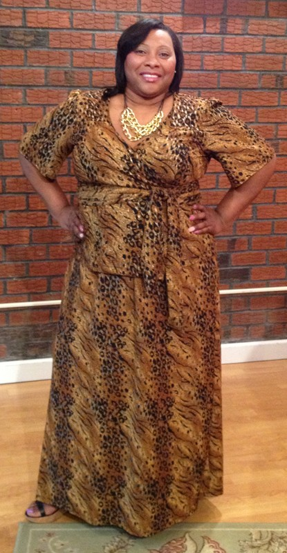 Lee Lee's Valise Janet Maxi Dress in Gold Texture