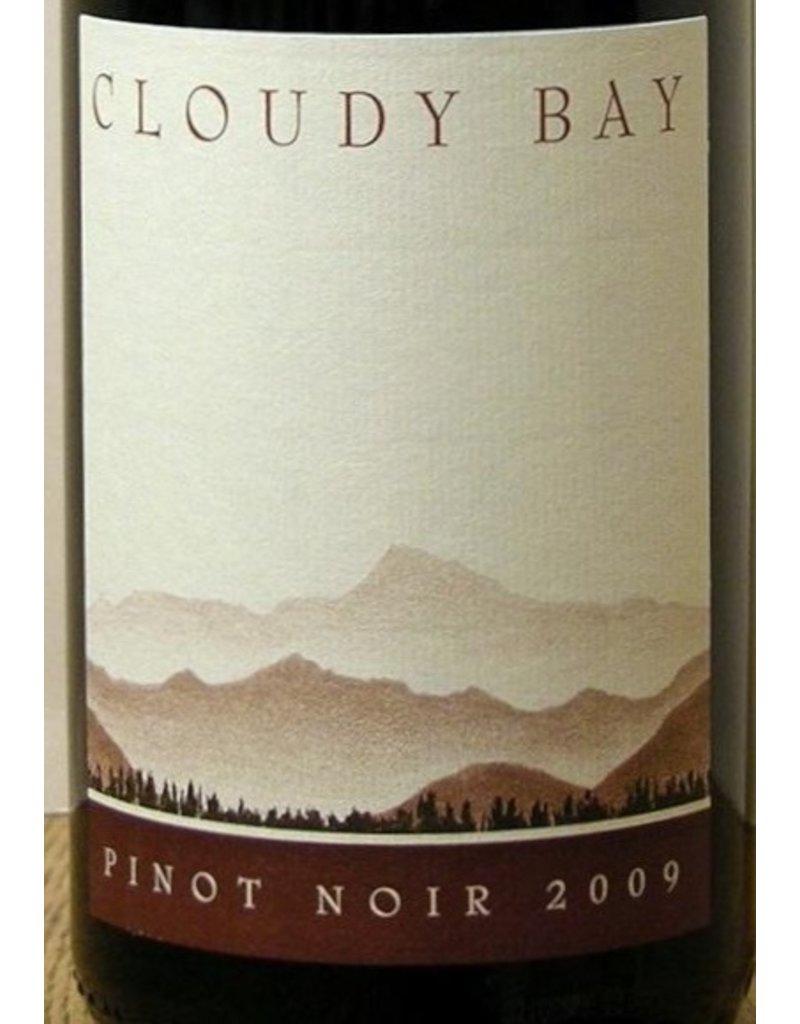 Wine Pinot Noir, Cloudy Bay, Marlborough, NZ, 2014