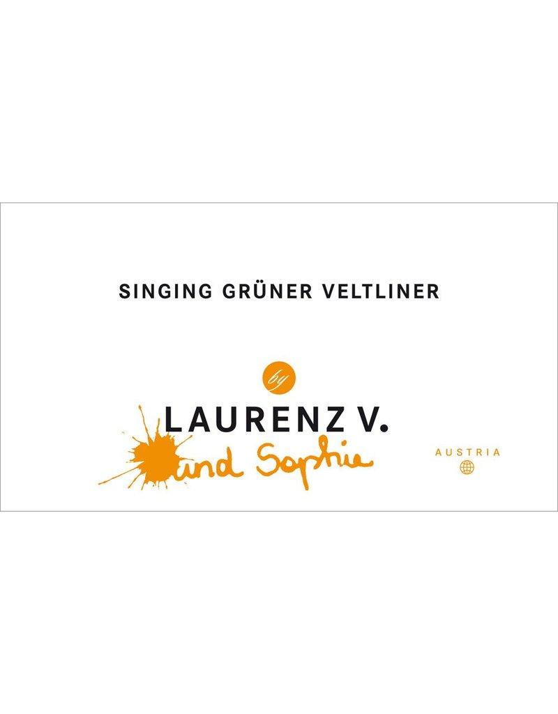 """Wine Gruner Veltliner """"Singing"""", Laurenz V. and Sophia, Kremstal AT"""