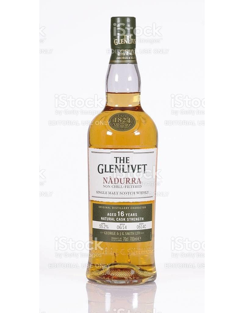 """Liquor Scotch, Glenlivet """"Nadurra"""", 750ml"""