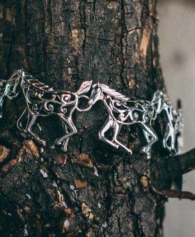 Horse Filigree Link Bracelet