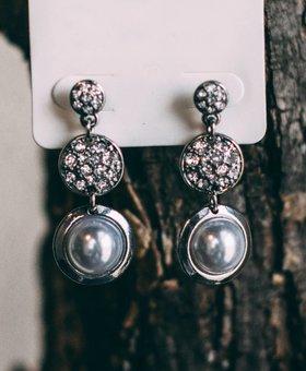 Bezel Set Pearl Link Earrings