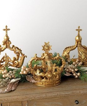 Raz Ornate Gilded Antique Resin Crown