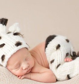 The Blueberry Hill Sophie Giraffe Newborn Set