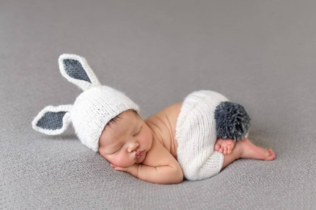 The Blueberry Hill Bunny Newborn Set Grey