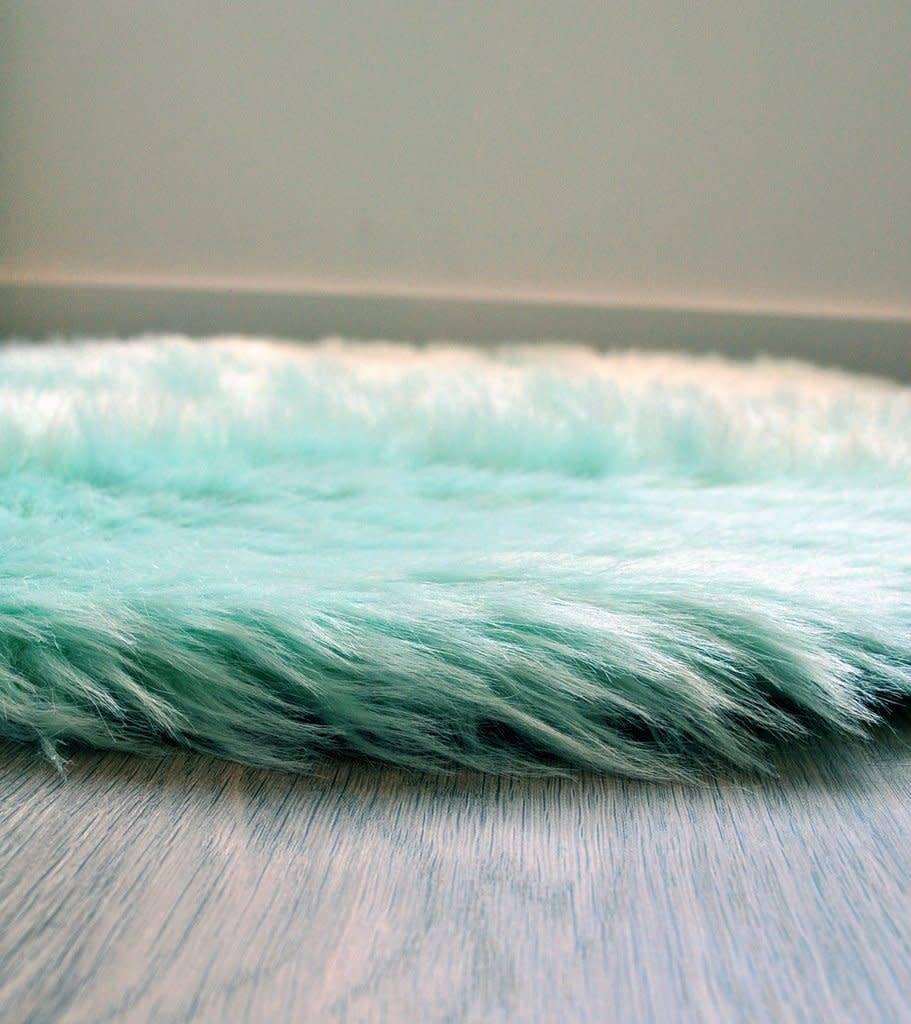 Kroma Carpets Faux Sheepskin Cloud Mint Rug