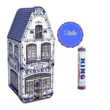 Peters Delft Blue House Tin with 5 rolls of King Peppermint gift