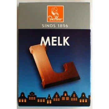 De Heer Milk L Small Letter - 2.27 OZ