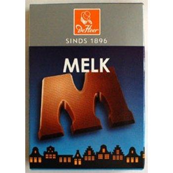 De Heer Milk M Small Letter - 2.27 OZ