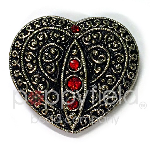 Czech Czech Button, 33 x 35 mm, Black Heart
