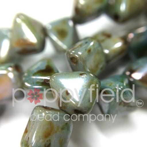 Czech 2-Hole Pyramid Stud Beads, 6mm, White Travertine Blue, 25 Beads/Strand