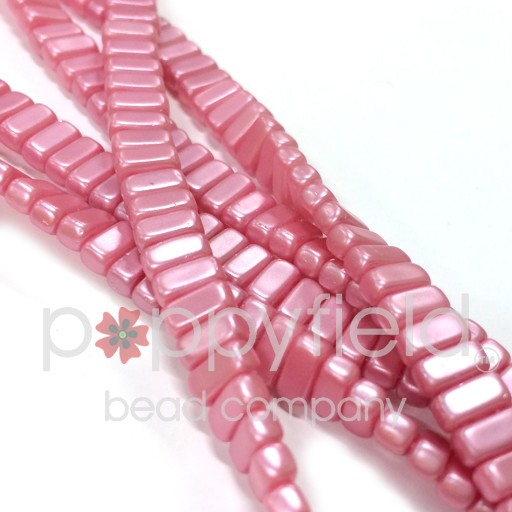 Czech 2-Hole Bricks, Pink, 50 pcs