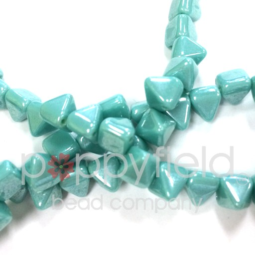 Czech 2-Hole Pyramid Stud Beads, 6mm, Turquoise Shimmer, 25 Beads/Strand