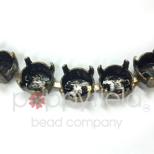 Bracelet settings for 39ss chatons, Antiqued Gold finish has a nice vintage oxidized look.