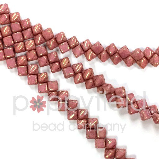 Czech Mini-Silky, 5 mm, Chalk Red Luster, 40 pcs