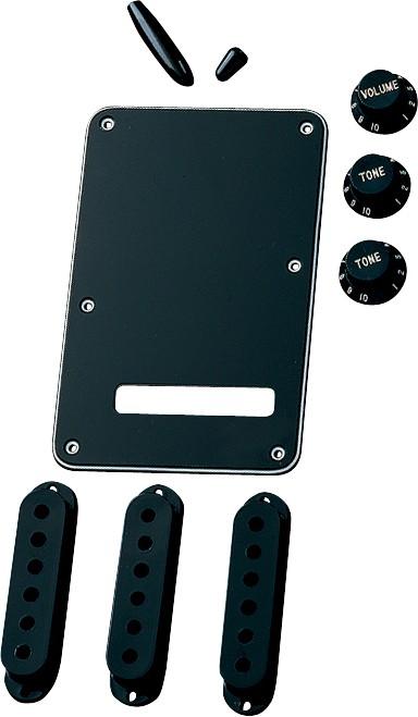 Fender Stratocaster® Accessory Kit, Black