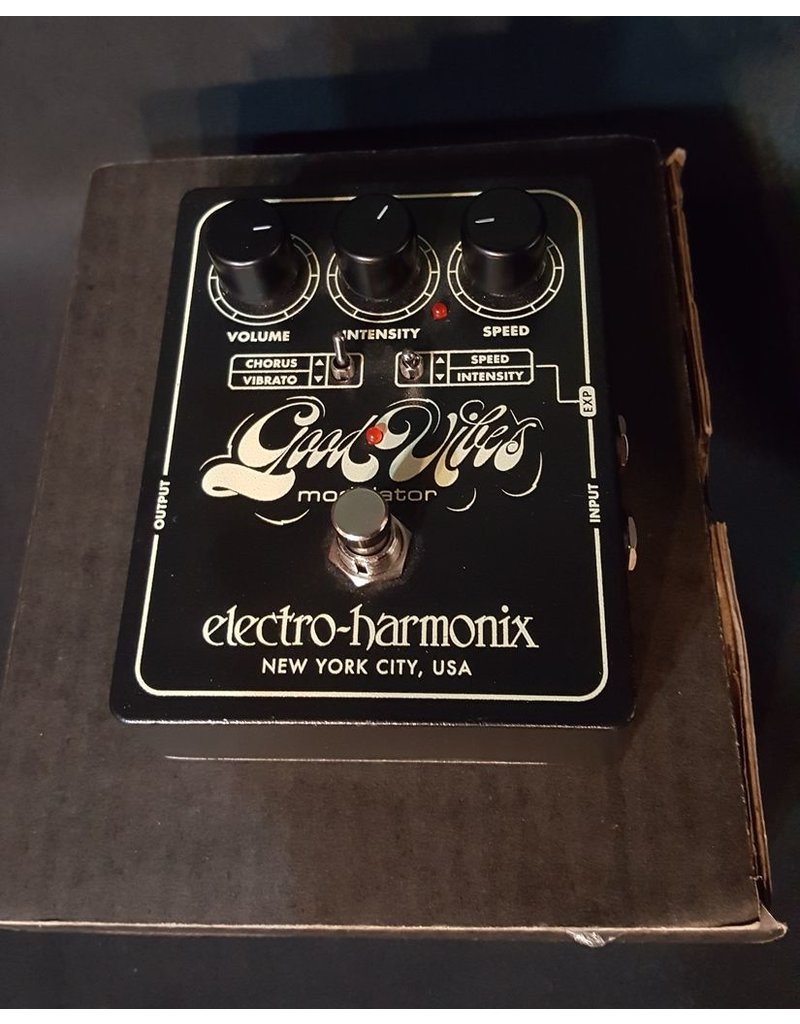 Demo EHX Good Vibes Modulation Pedal