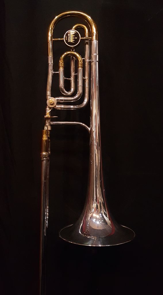 King Used King 5B Bass Trombone - Orig. all Gold Lacquer, Brass Bell Silver plating w/ Protec Max Contoured Case