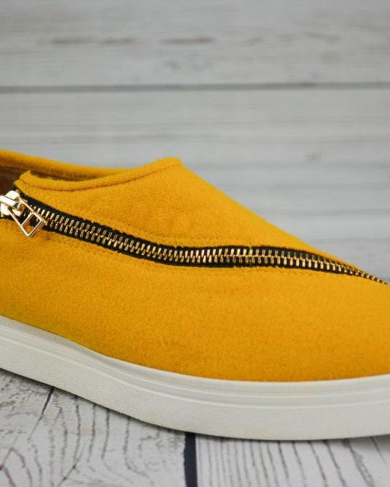 All Black Fab Slant Zip Sneaker Essential Elements Chicago