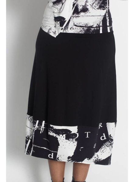 Elsewhere Wordy Skirt