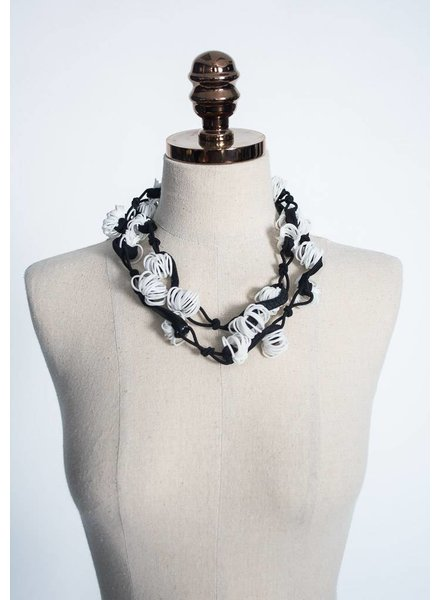 Ficklesticks Loopy Lei Necklace