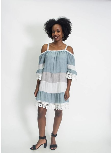 Kaktus Cold Shoulder Dress