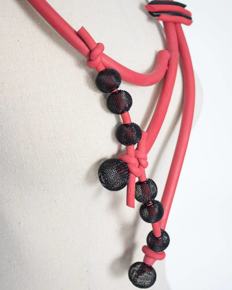Luukaa Luukaa Rubber Necklace w/ Mesh Balls