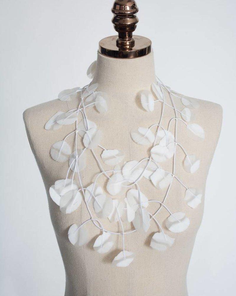 Annemieke Broenink Annemieke Broenink Poppy Poly Necklace - White