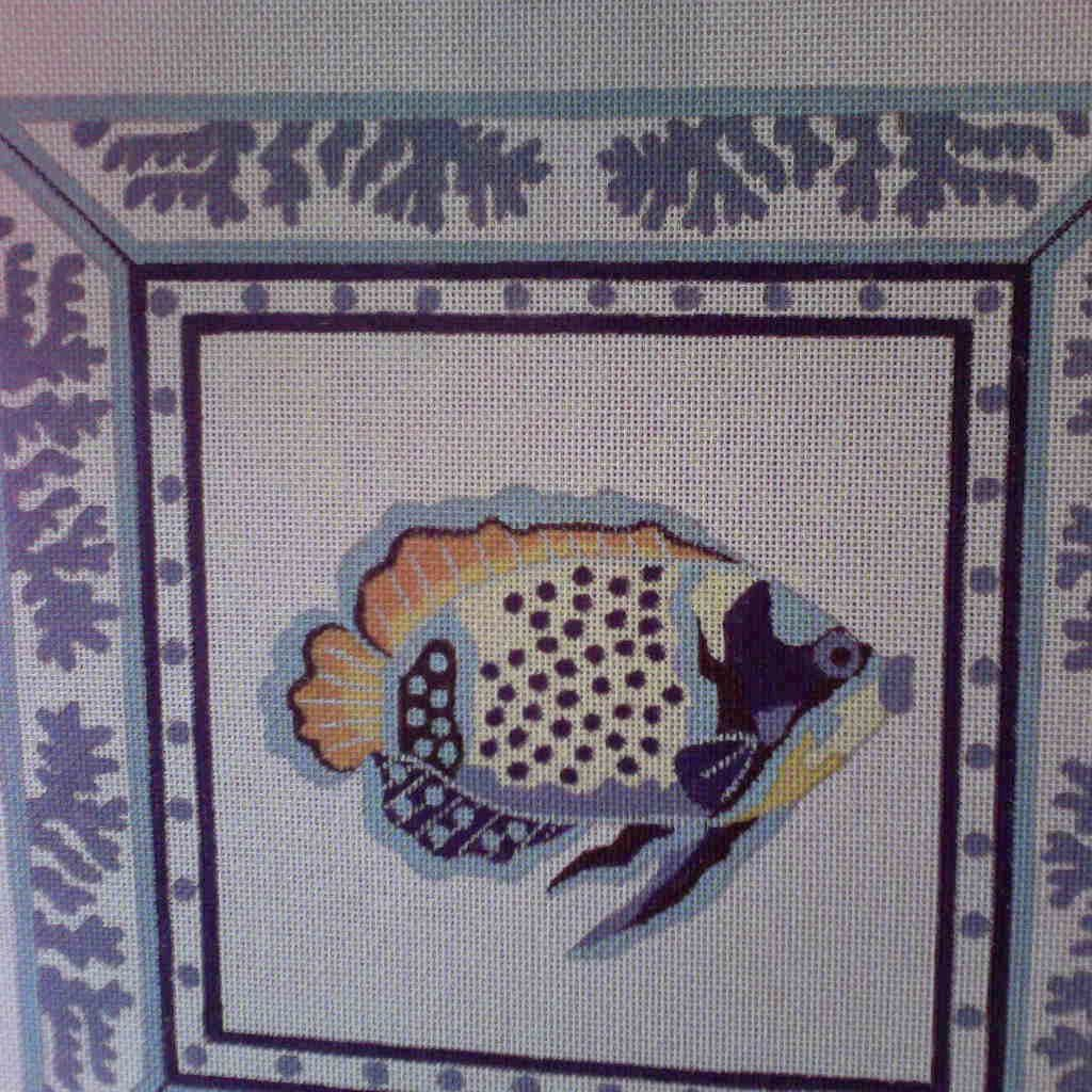 Canvas BLUE/YELLOW FISH IN BORDER  A530