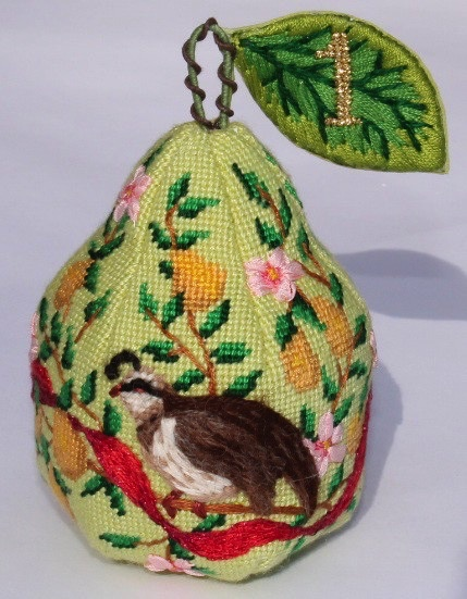 Canvas CHRISTMAS PEAR ORNAMENT DAY 1   XM94