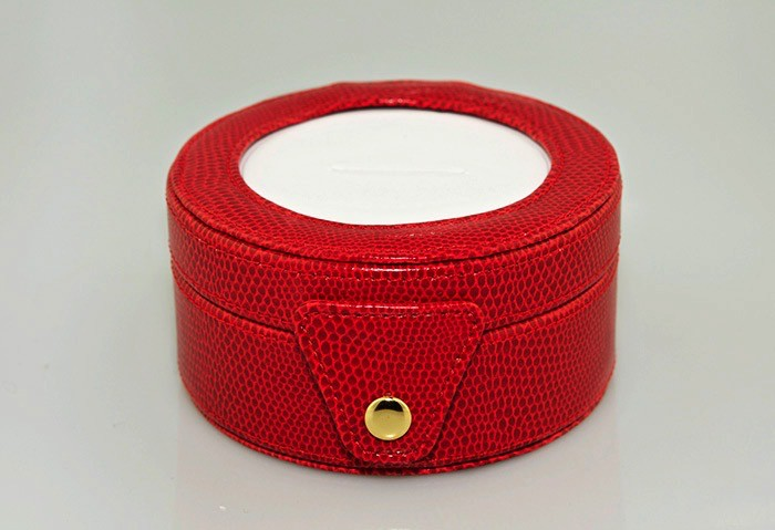 Accessories LEATHER GIFT BOX BAG29