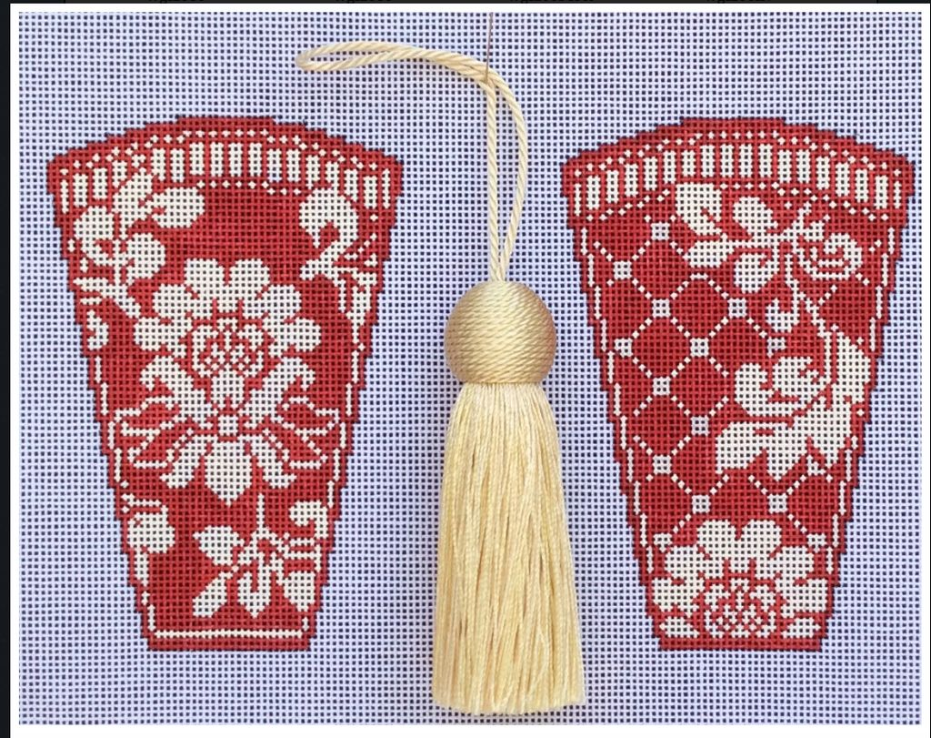 Canvas KARENS RED DAMASK SCISSOR CASE WITH TASSLE  WG12692