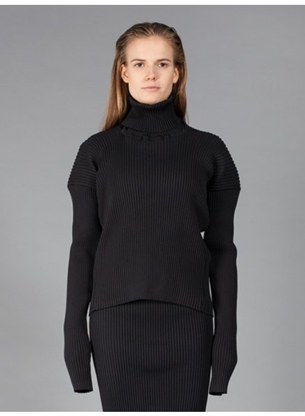 VETEMENTS VETEMENTS WOMEN MISPLACED TURTLE NECK TOP