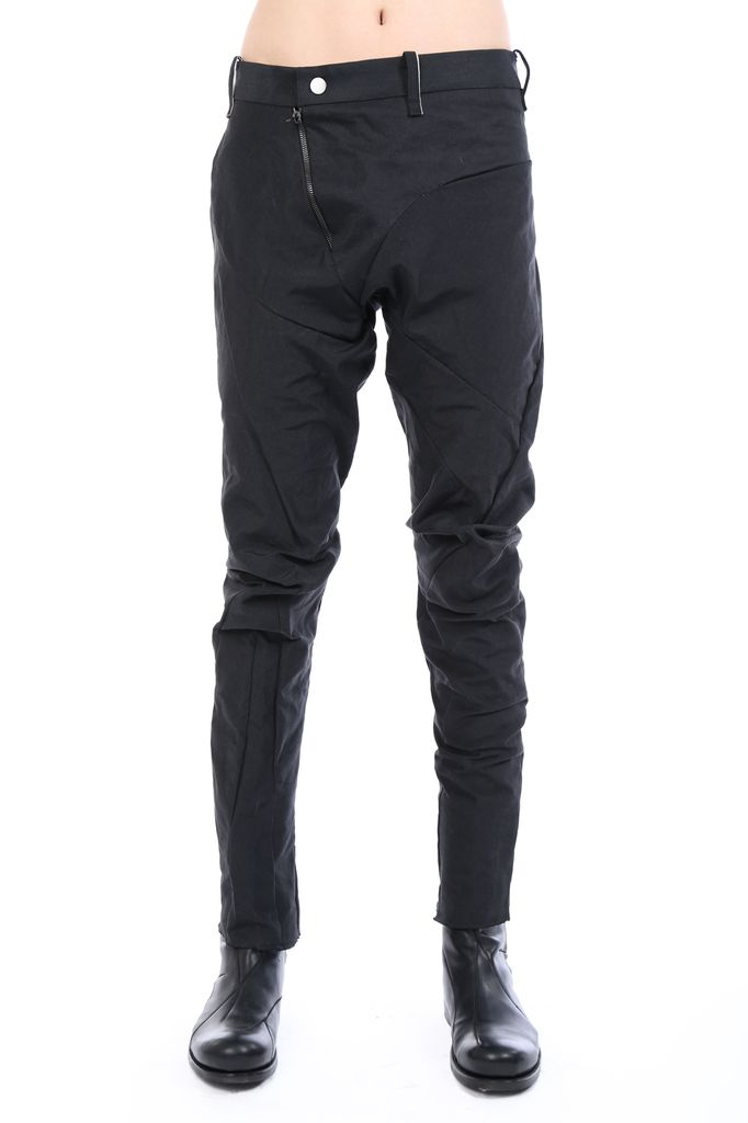 LEON EMANUEL BLANCK LEON EMANUEL BLANCK MEN DISTORTION FITTED LONG PANTS