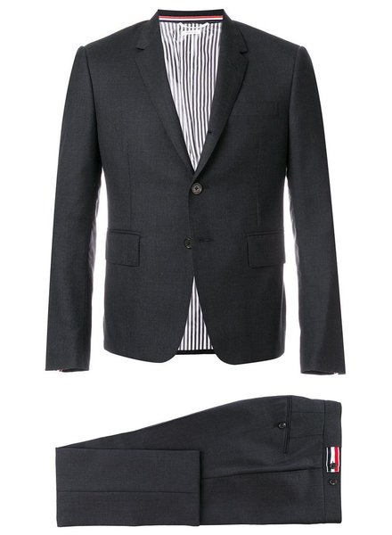 THOM BROWNE THOM BROWNE MEN HIGH ARMHOLE SUIT W/ TIE AND LOW RISE SKINNY TROUSER IN SUPER 120'S TWILL SUIT SET