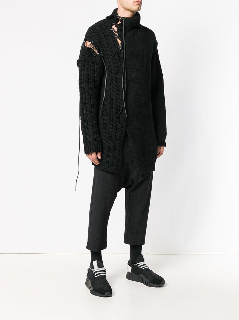 yohji yamamoto pour homme Discover the unique style of y-3 and its exclusive collections where old meets new: continuous reinterpretations of classic designs with a contemporary twist.