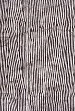 "India Woodgrain Black/White, 20"" x 28"""