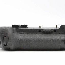 Used Nikon MB-D12 grip (D810)
