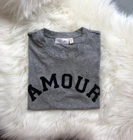 AMOUR Top