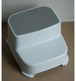 Roger Armstrong Roger Armstrong Double Step Stool White