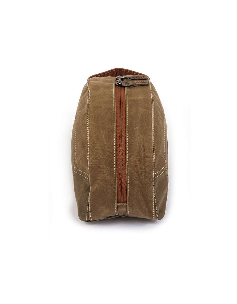 Fishpond Cabin Creek Toiletry Kit