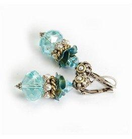 Crystal/pearl rosette stack earring
