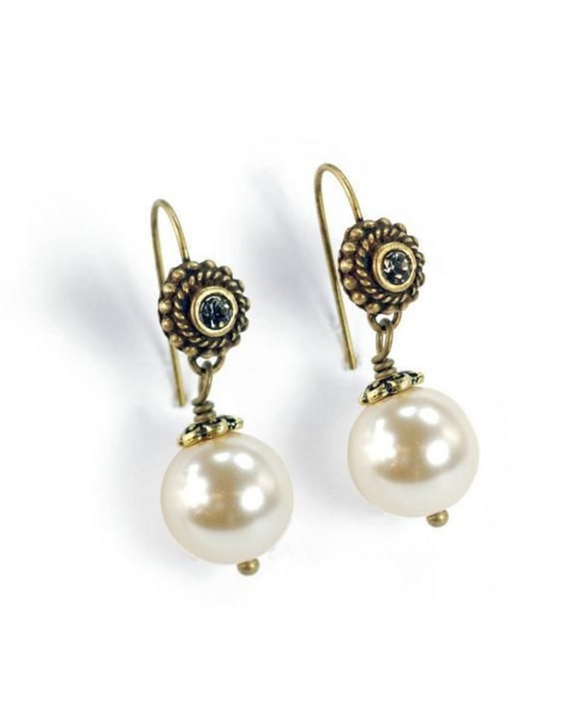 Sweet Romance Laguna Beach Pearl Earrings Oyster