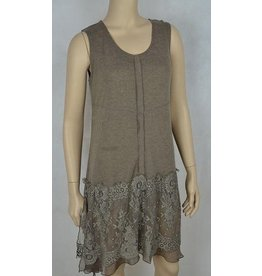Pretty Angel Tank Tunic Lace Ruffle Bottom Ecru