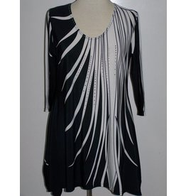 Valentina Signa 3/4 Sleeve Lycra Tunic Black & White