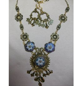 Sharon B's Originals Blue & White 3 Flowers Antique Gold Necklace & Earring Set