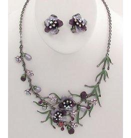 Golden Stella Ornate Resin & Crystal Flower Necklace w/Earring Set Purple/Lavender