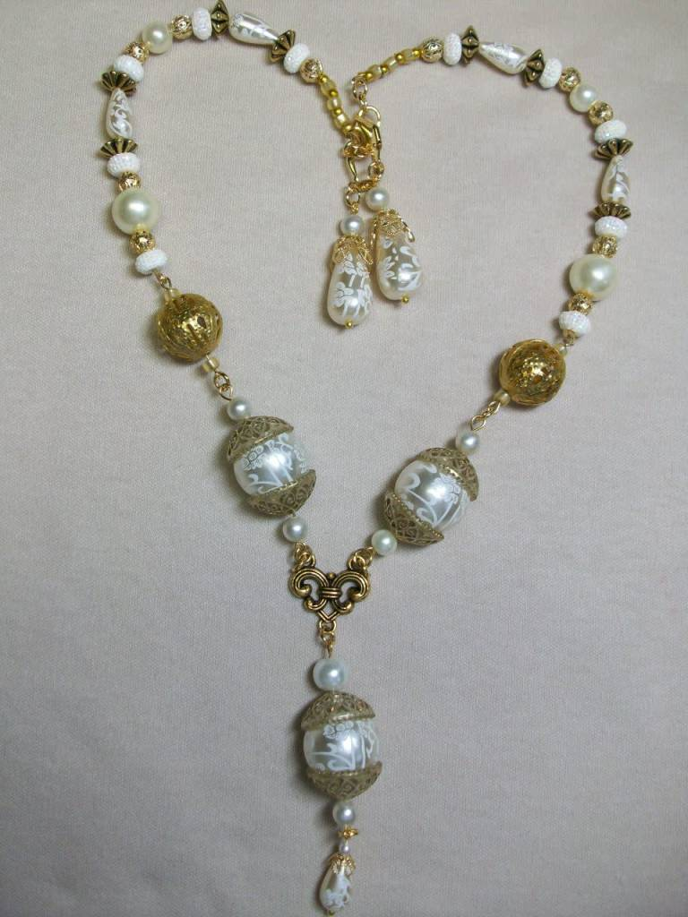 Sharon B's Originals Gold w/3 Cream Large Round Lace Pearls Necklace & Earring Set
